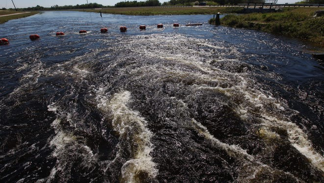 A look at how the water being pushed from Lake Okeechobee to south is affecting business owners and the environment below the Tamiami Trail in Dade County.