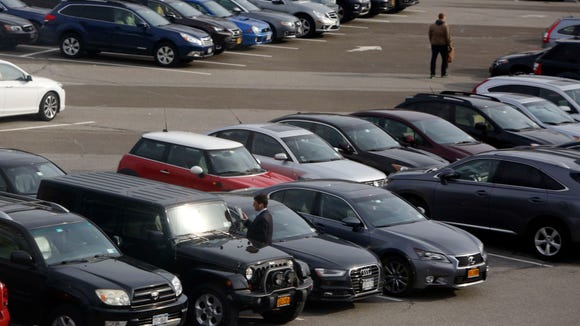 About 18 percent of those polled by Siena College said they plan to purchase a car in the next six months, according to its latest consumer-sentiment survey.