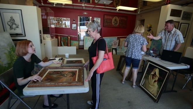 Palm Desert Historical Society hosts as art appraisal event on Saturday, April 9, 2016.