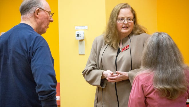 Dawn Wooten, one of the Republican State Superintendent of Public Instruction in 2016, speaks with the public on Monday at the Kennedy Public Library. Wooten was one of the first candidates to enter the race for the position this year.