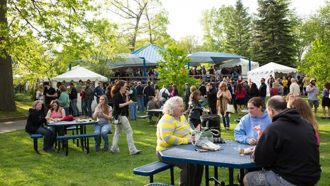 Potter Park Zoo's Wine & Stein is back.