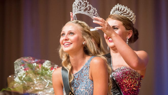 Mariah Rumfelt is crowned the 2016 Delaware County Fair Queen in this file photo.