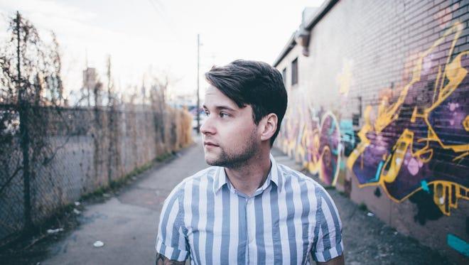 Singer-songwriter Matt Hires will perform at Binder Park Zoo Friday.