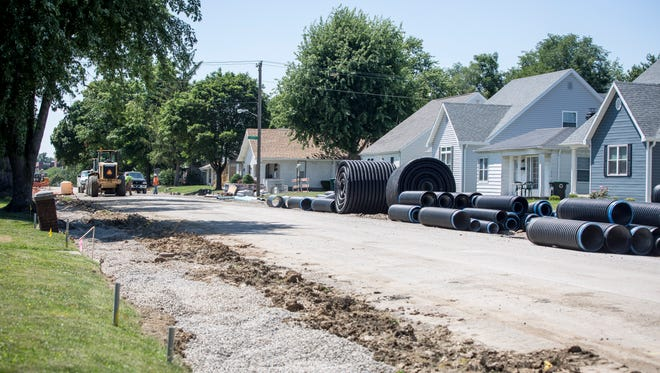 Neely Avenue is under reconstruction between Ball State University and Wheeling Avenue.