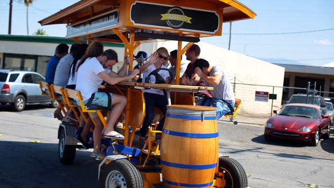The Palm Springs City Council voted Wednesday to table an ordinance that would allow beer and wine consumption on licensed pedicabs, citing concerns with safety issues and insurance liability.