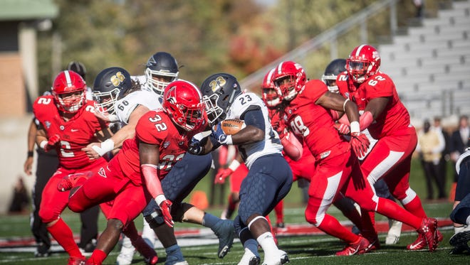 Ball State would lost to Akron 35-25 for their homecoming game.