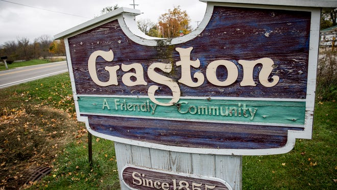 The sign at the town limits of Gaston.