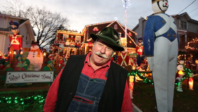 Roy Aletti decorates his Parsons Street, Harrison home for Christmas Dec. 7, 2016.