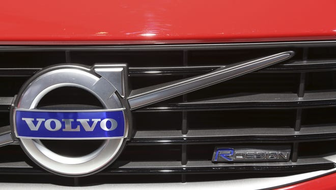 A new Volvo dealership is planned for south Lafayette.