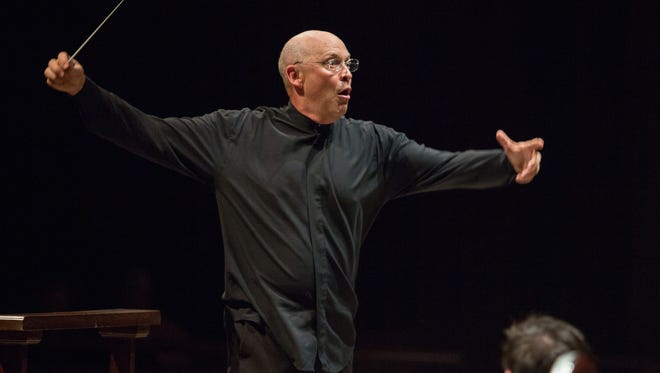 Richard Clary directs the College of Music University Wind Orchestra concert.