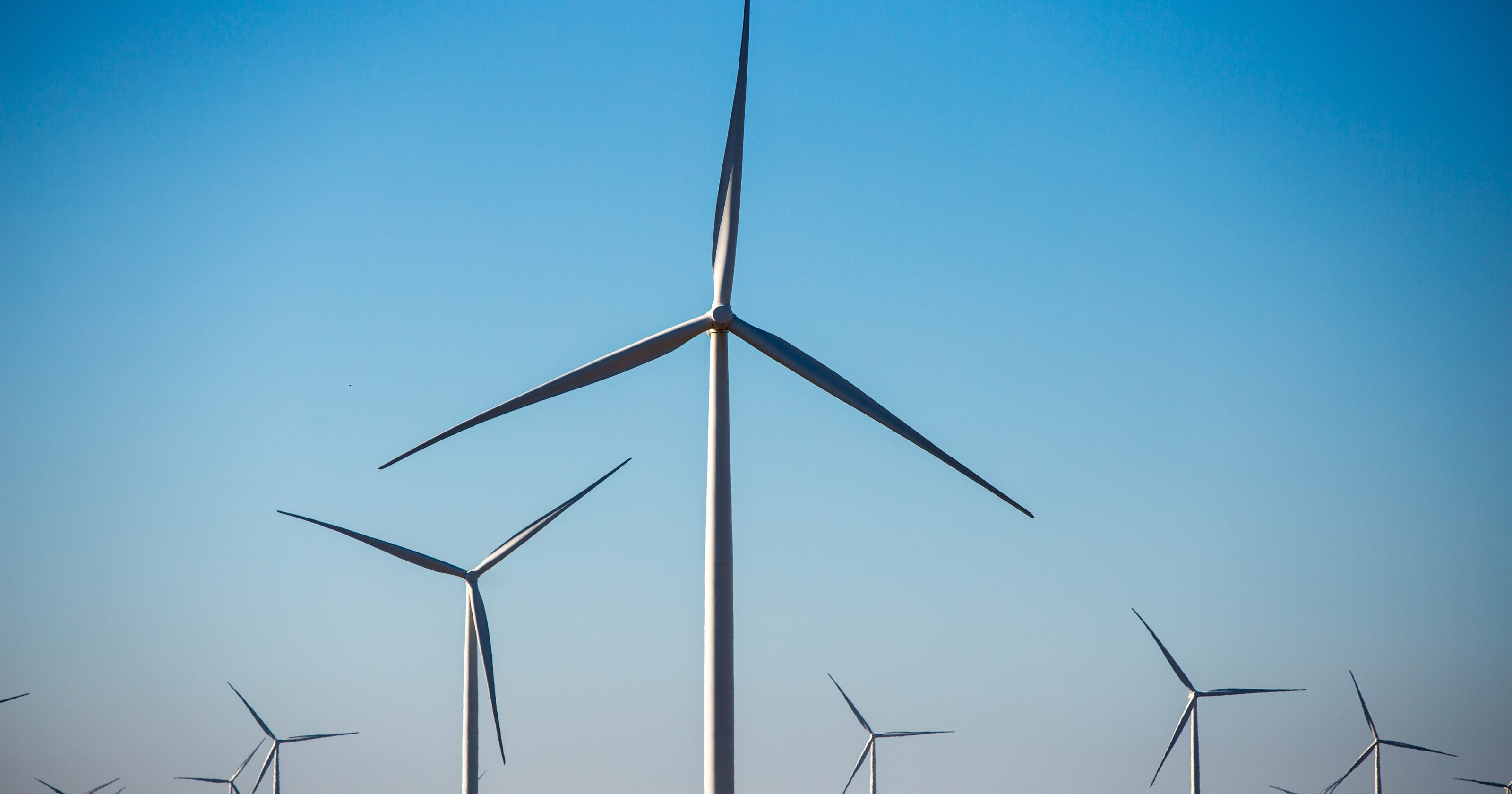 Wind Blown Midamerican Zeroes In On 100 Renewable Energy Power