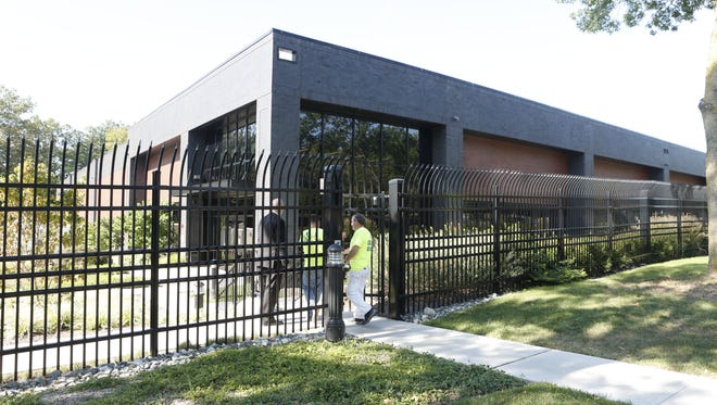 The development of the Bloomberg Data Center in Orangeburg has exceeded the project's jobs goal by 130. But because of $8 million in tax breaks, each job costs taxpayers $61,389.