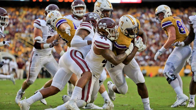 Mississippi State linebacker Leo Lewis (44) is one three defendants named in Rebel Rags' lawsuit.