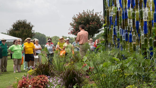 Enjoy garden talks, shop for plants and gain access to the UT Plant and Pest Diagnostic Clinic during Summer Celebration July 13 at the West Tennessee AgResearch and Education Center.