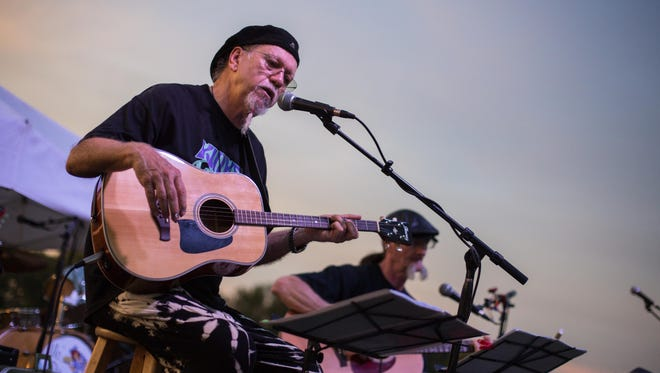 Stuart Bonnington performs at Liberty Park during the Liberty Live! outdoor concert series on Sunday, Aug. 19.