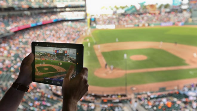 Major League Baseball plans to add augmented reality elements to its popular At Bat app sometime in the 2018 season.