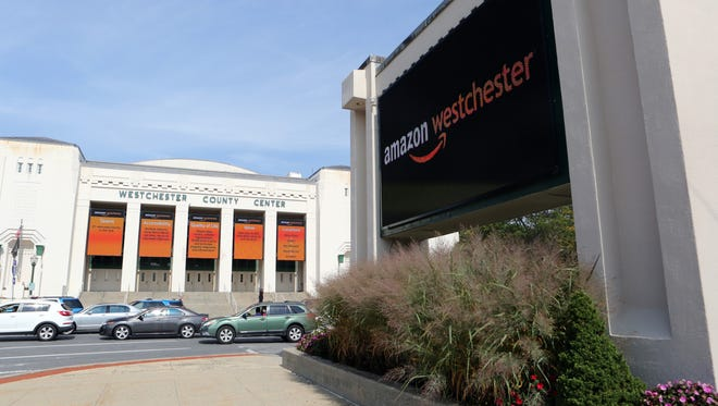 Westchester officials announce that the county wants to make a pitch for Amazon's second headquarters Sept. 26, 2017 at the Westcheter County Center in White Plains.
