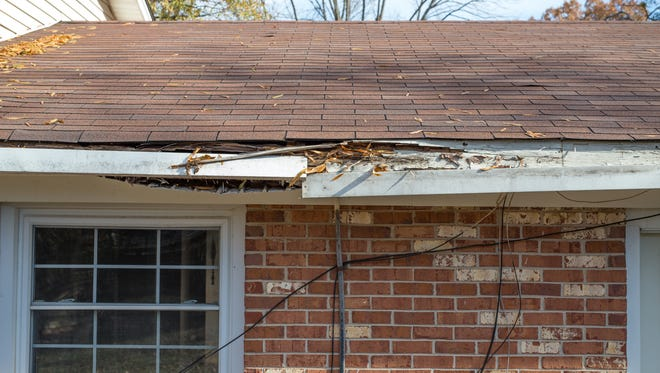 Hendersonville will receive a $500,000 grant that will allow residents to apply for funding to make repairs to homes that don't meet city code requirements.