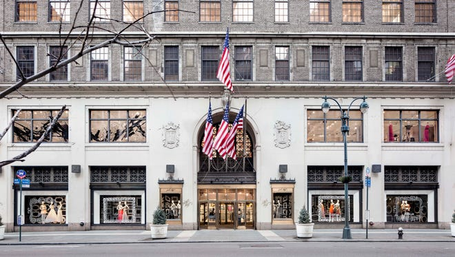 Startup WeWork is acquiring the Lord & Taylor Fifth Avenue store for $850 Million, as part of a larger deal in which the workplace provider will lease space in other Hudson's Bay Co. stores.
