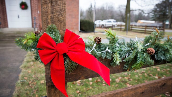 The Church at Crossroads at the intersection of Delaware County Roads 600-W and 700-S will host its annual candlelight Christmas Eve service again this year.