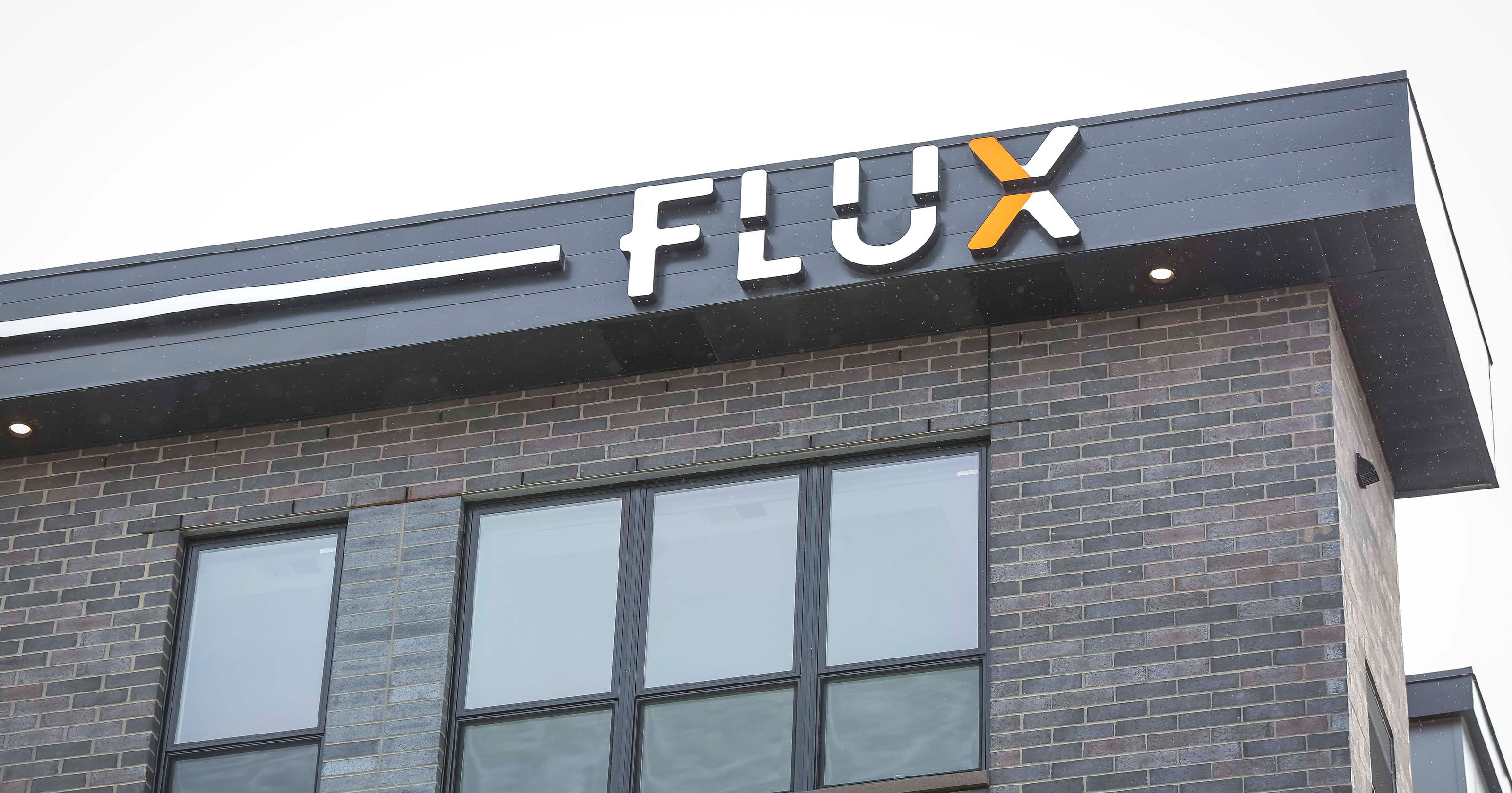Downtown Des Moines Rentable Office Space Opening In Flux Apartments