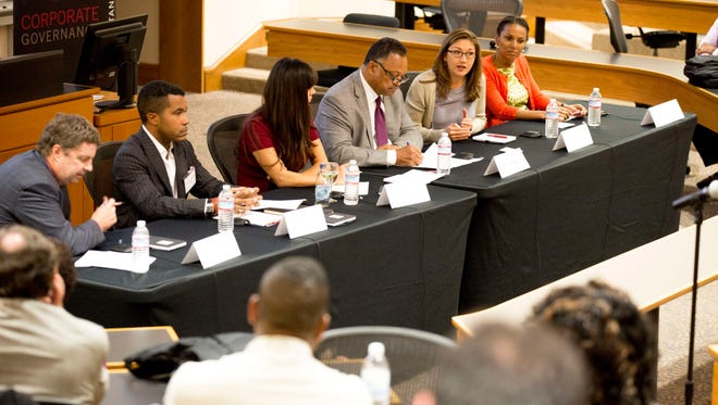 USA TODAY/Stanford's panel discussion on diversity in tech included (from left to right) moderator and USA TODAY editor Dave Callaway,  Stanford law professor Richard Thompson Ford, Vyv founder Laura Gomez, the Rev. Jesse Jackson, Nancy Lee of Google and Maxine Williams of Facebook.