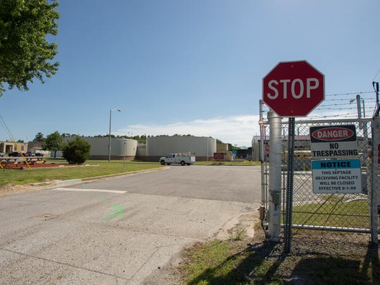 -Wastewater treatment plant 9982.jpg_20140603.jpg