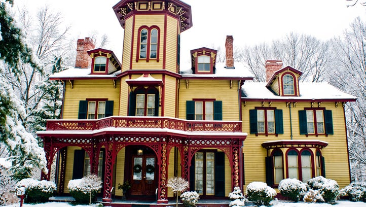 150-year-old Acorn Hall's exterior going back to original colors