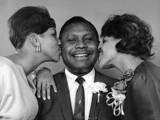 A Pastor's nightingales: C.L. Franklin with his daughters Aretha, left, and Carolyn