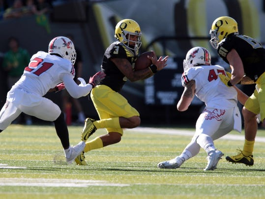 NCAA Football: Eastern Washington at Oregon