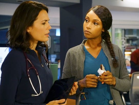 Torrey DeVitto, left, as Natalie Manning and Yaya DaCosta as April Sexton work in the ER at 'Chicago Med.'