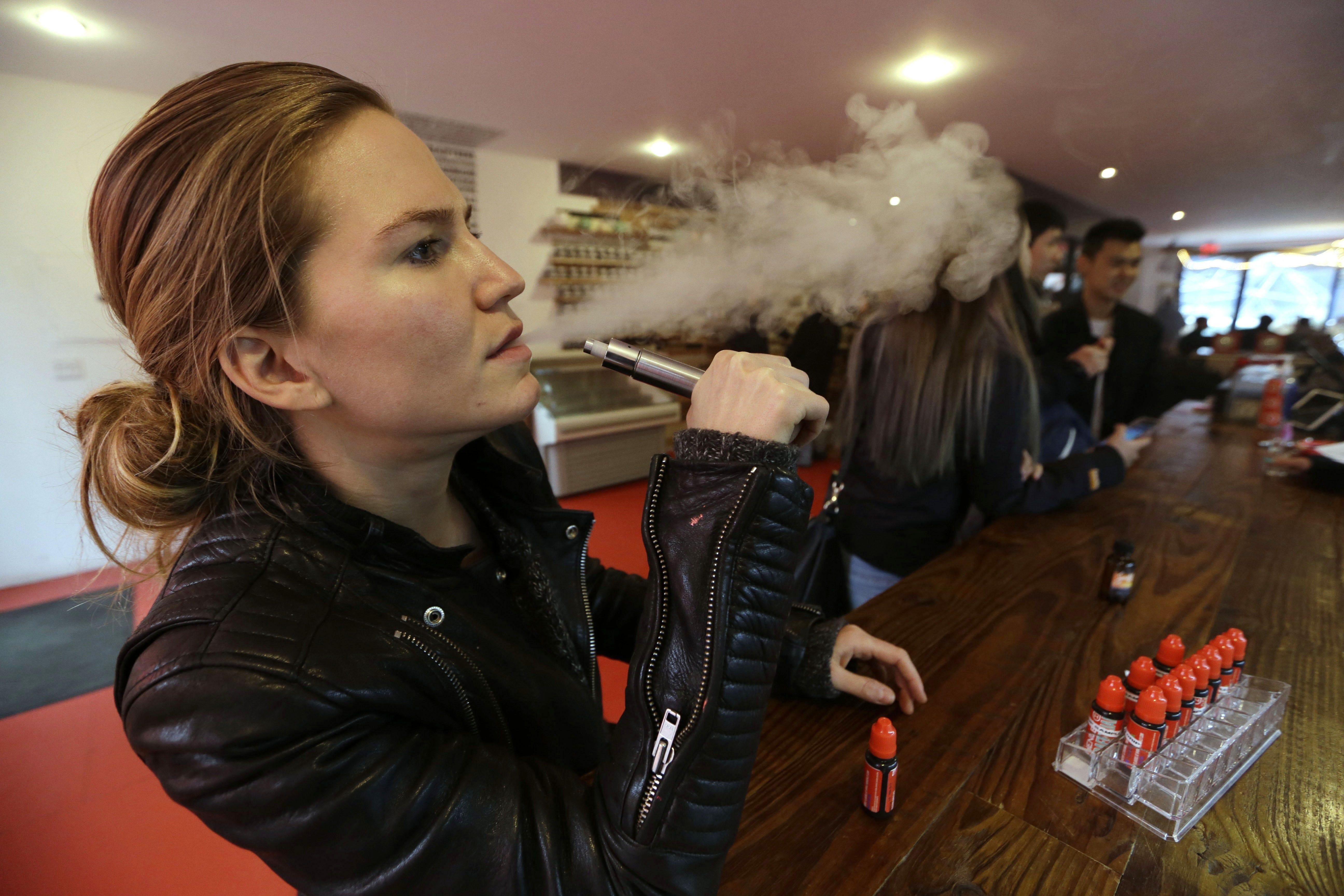 E cigarette liquids review