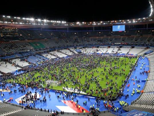 11-13-15-paris-soccer