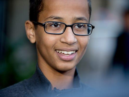 AP TEXAS MUSLIM STUDENT CLOCK I FILE USA DC