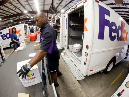 AP EARNS FEDEX F A USA TN