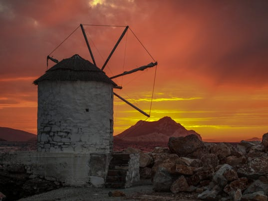 636003356240989509-Amorgos-Island-boasts-some-of-the-most-jaw-dropping-sunsets-in-the-Aegean-Sea.jpg