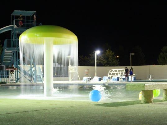 Aquatic center opens a...