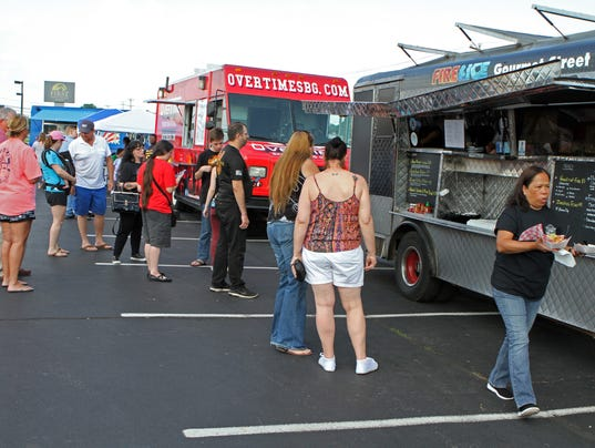 636397916114669707-Sam-s-Club-will-be-hosting-its-1st-Annual-Food-Truck-Rodeo-Saturday-September-2-2017..jpg