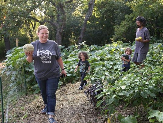 foodyear11-garden family