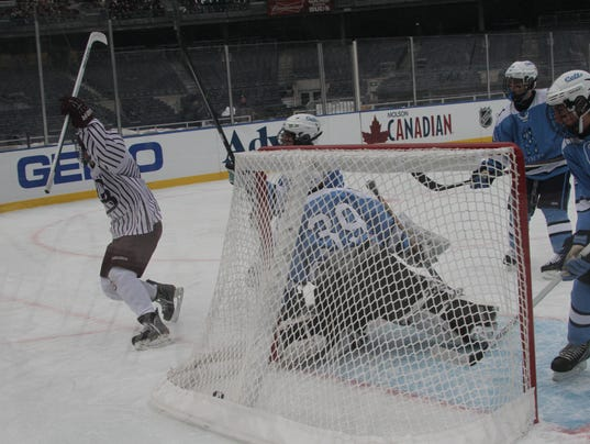 01-31-2014 Don Bosco hockey at Yankee Stadium