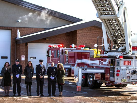 636507570438975273-010518-Firefighter-funeral-procession-46.jpg