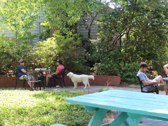 9 patios to chill out on in Shreveport-Bossier City