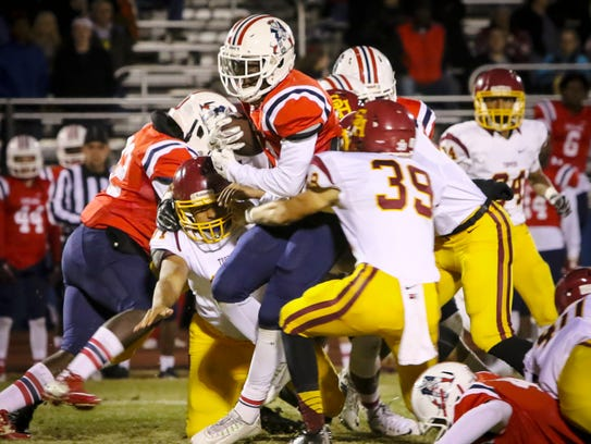 Oakland's Zarius Gamble gaines yardage as Science Hill