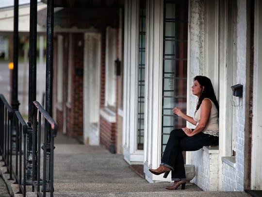 Mortgage sales recruiter Sheila Morelli takes a break