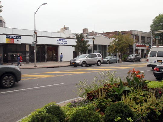 The corner of Mitchel Place and Mamaroneck Avenue in