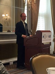 Yonah Jeremy Bob, intelligence, terrorism and legal analyst for the Jerusalem Post, speaking to members of the press in Detroit.