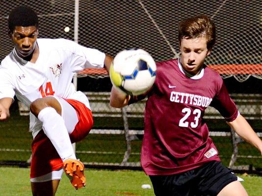 Susquehannock vs Gettysburg in boys soccer action in Glen Rock, Pa. on Thursday, Oct. 8, 2015. Dawn J. Sagert - dsagert@yorkdispatch.com
