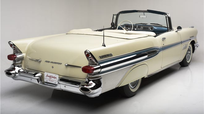 The very first car to offer both a fuel-injected engine and a Tri Power, 3x2 carburetor option in the same year is the 1957 Pontiac, when it offered both setups on its 347 cu. inch V8. It beat Chevrolet by one year as both fuel injection and Tri-Power was available in 1958 full-size Chevrolets.