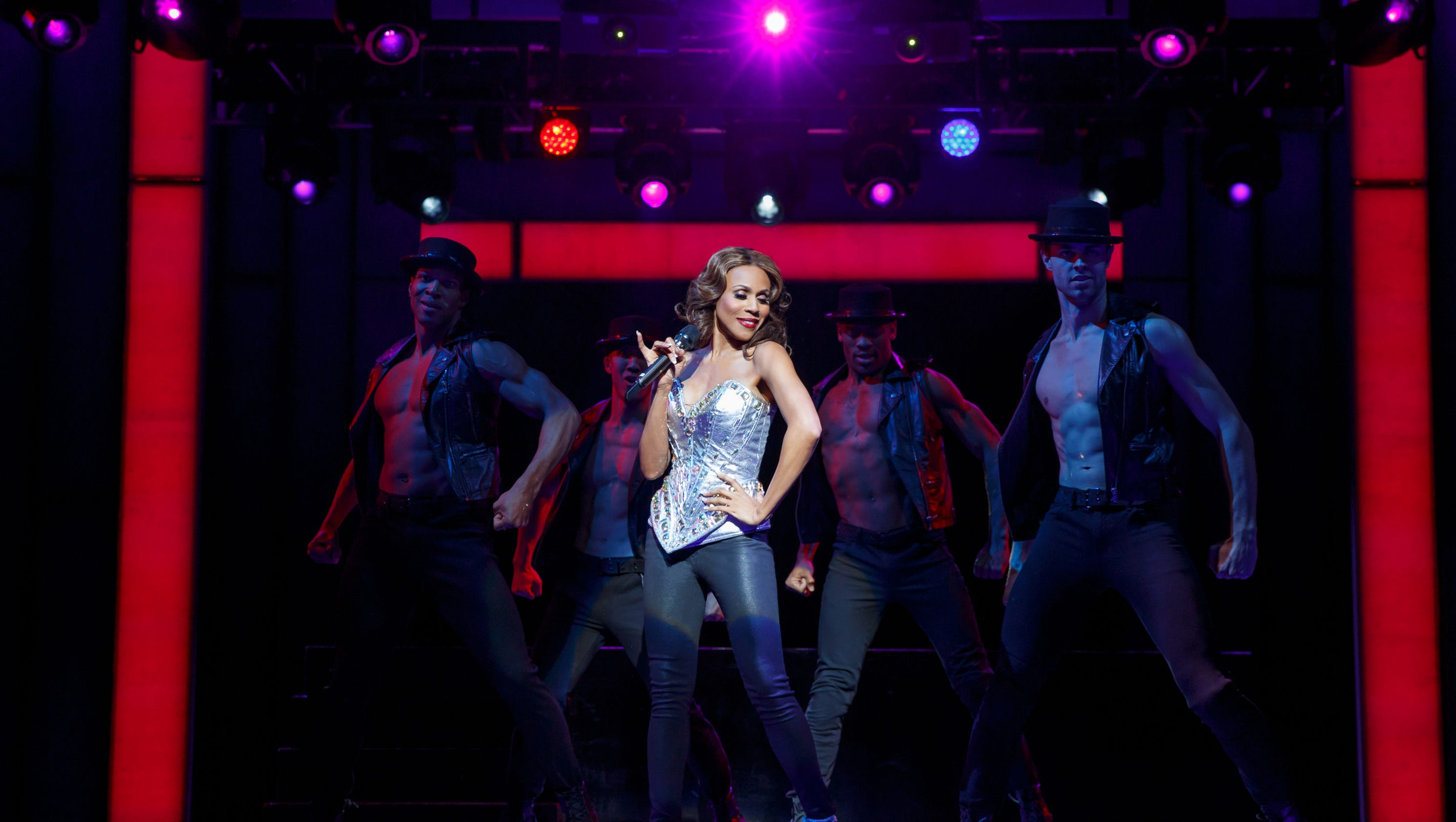 Deborah Cox does her best Whitney Houston in 'The Bodyguard' musical