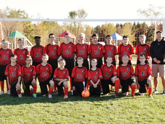 635831218847409890-Marshfield-Middle-School-7th-8th-grade-Soccer-team